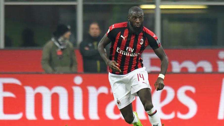Tiemoue Bakayoko Dipermanenkan AC Milan