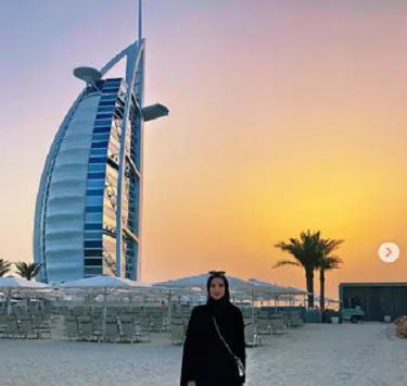 Berhijab Di Bulan Ramadhan, Bintang Voli Yang Satu Ini Makin Memukau