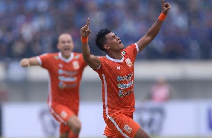 Full Time Borneo FC 2 vs Arema FC 0