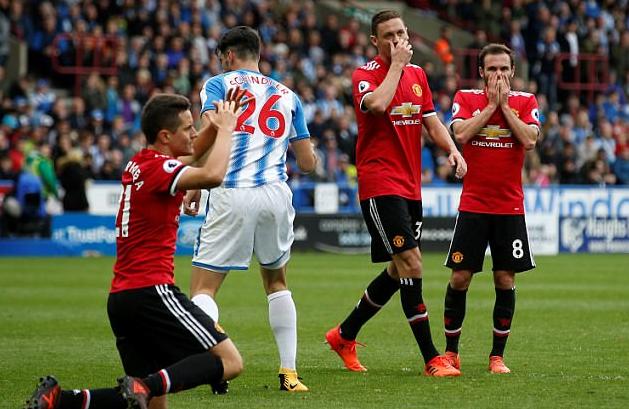 Inilah 8 Catatan Buruk Di Musim Terpuruknya Manchester United