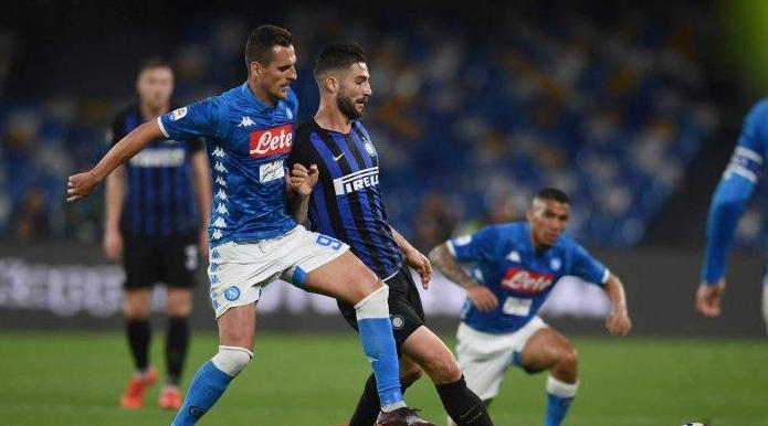 Napoli Vs Inter Milan Skor Telak 4-1