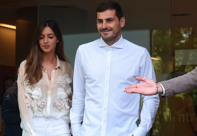 casillas and wife