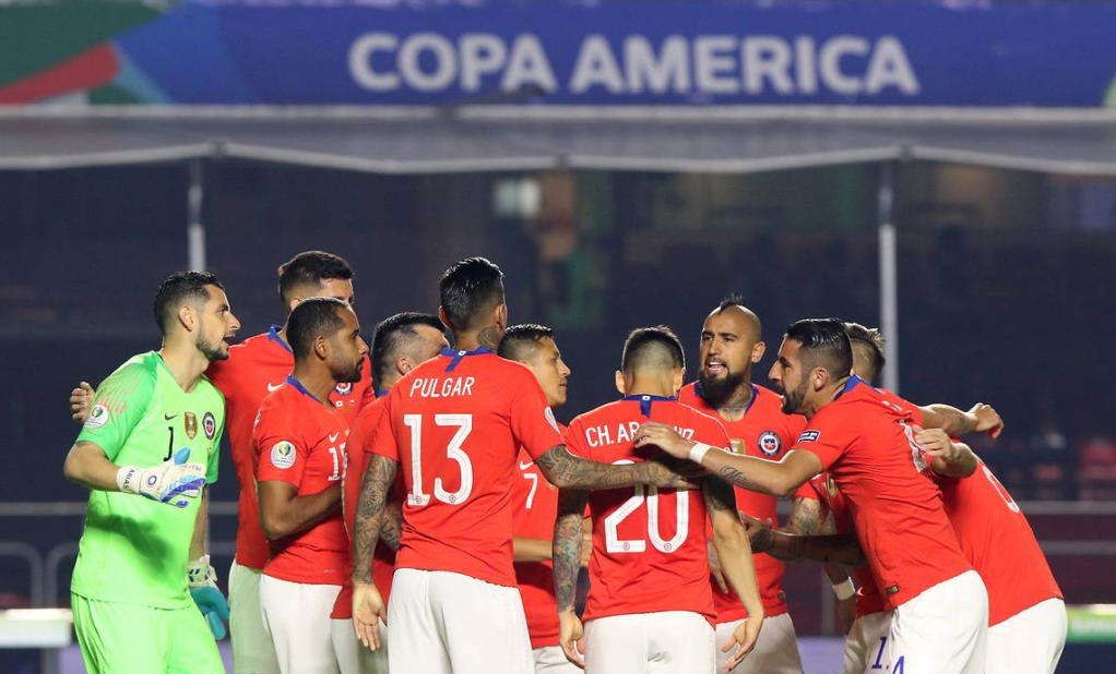 Chile melaju ke babak perempatfinal