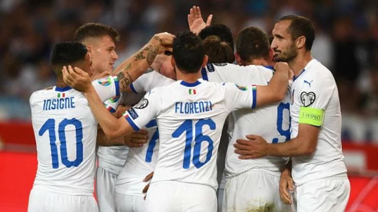Italia menang atas Yunani