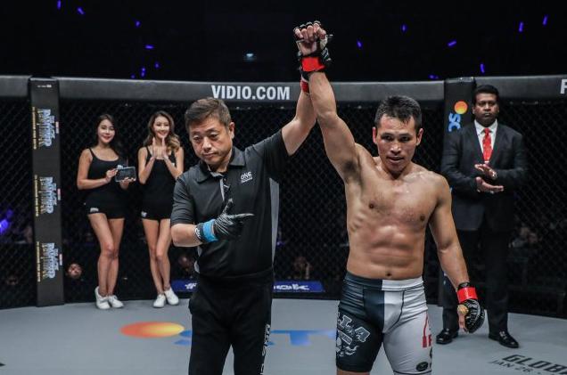 Victorio Senduk Berlatih Dengan Maksimal Jelang Pertarungan Di Shanghai