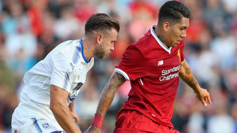 Tak Ada Ezra , Liverpool Tumbangkan Klub Kasta Tiga Liga Inggris