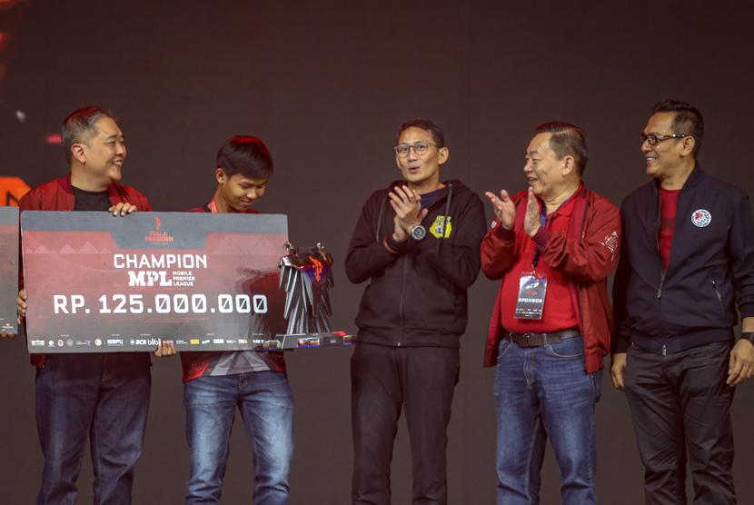 Juara MPL Piala Presiden Esports 2020