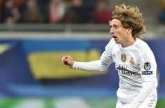 Luka Modric pemain terbaik madrid
