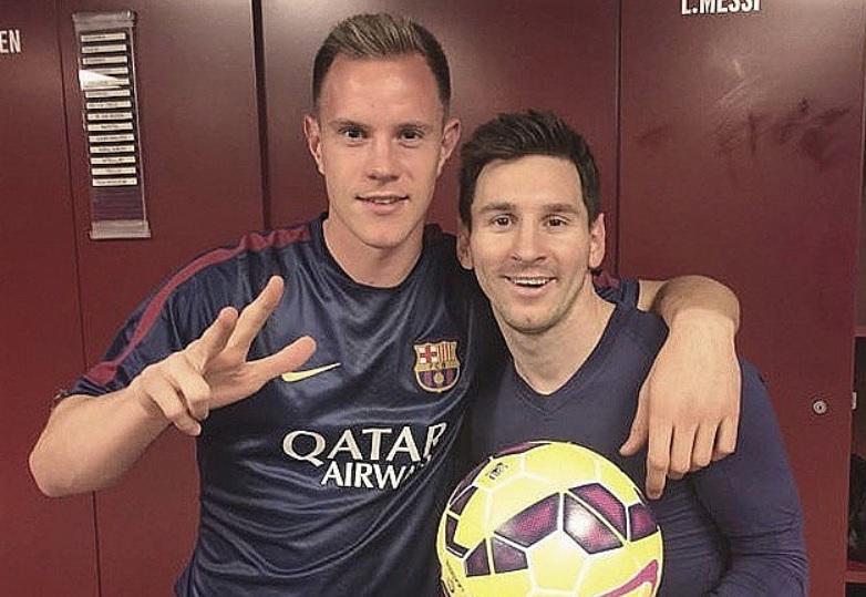 Marc-Andre Ter Stegen dan Messi bertengkar