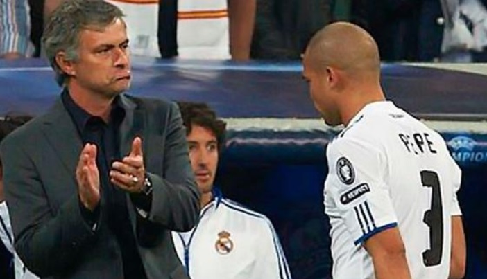 Pepe Pernah Dikritik Mourinho Depan Publik