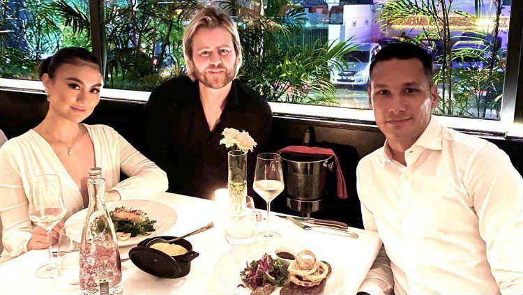 Raphael Maitimo dinner bersama agnes