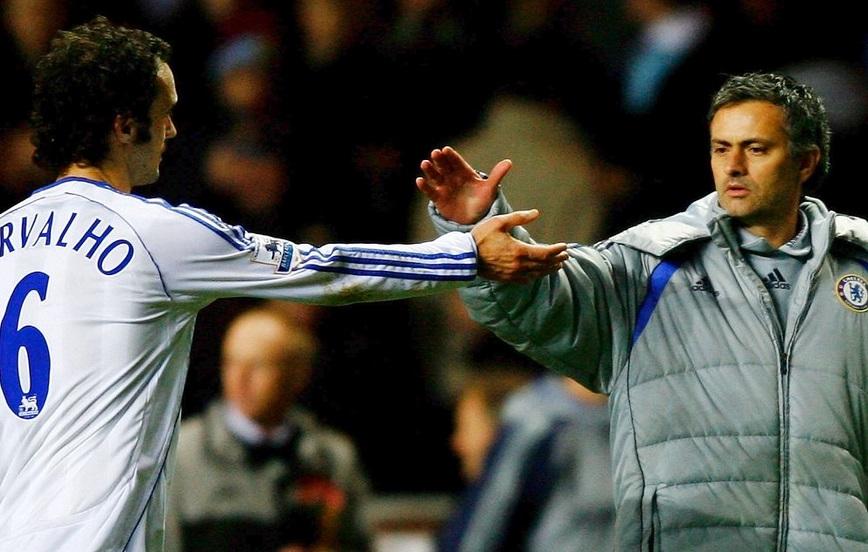 Ricardo Carvalho Pernah Dikritik Mourinho Depan Publik