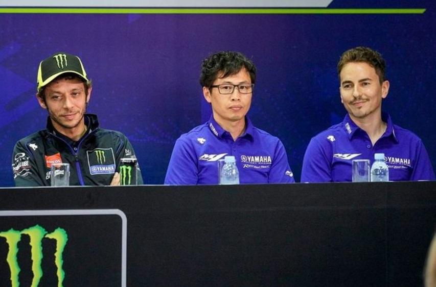 Rossi berharap Yamaha Segera Rekrut Lorenzo