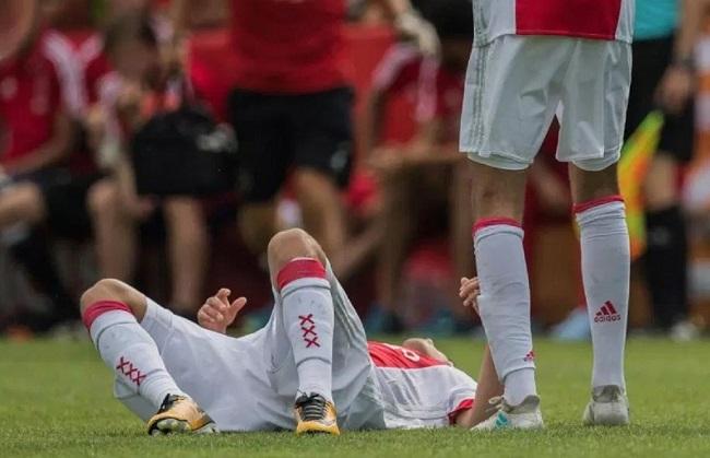 Bintang Ajax Nouri Telah Lewati Masa Koma
