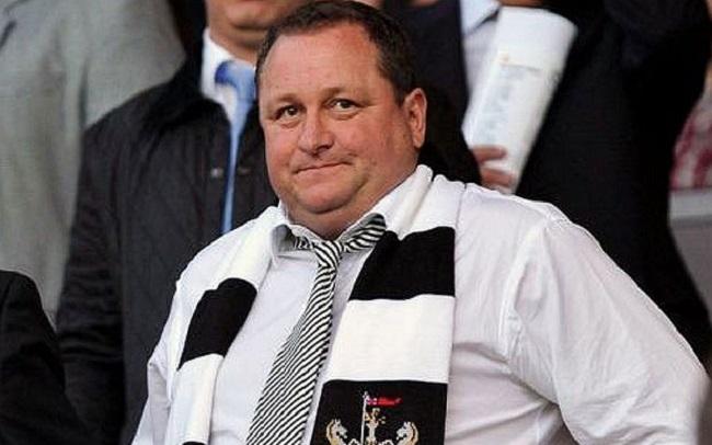 Fans Newcastle Biayai Ashley Karena Klub Bebankan Biaya Tiket Musim