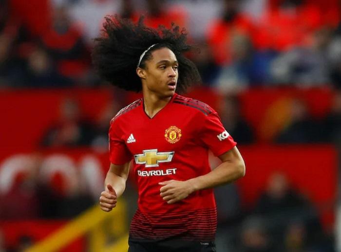 Manchester United Beri Tahith Chong Perpanjang Kontrak