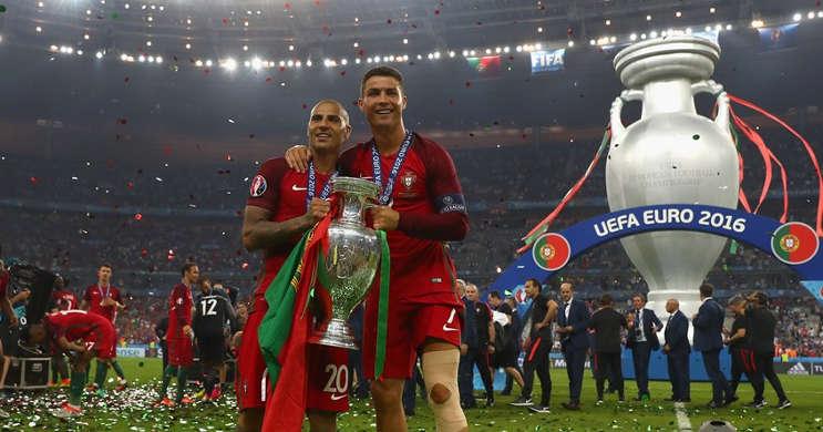 Piala Eropa 2020 ditunda hingga tahun depan