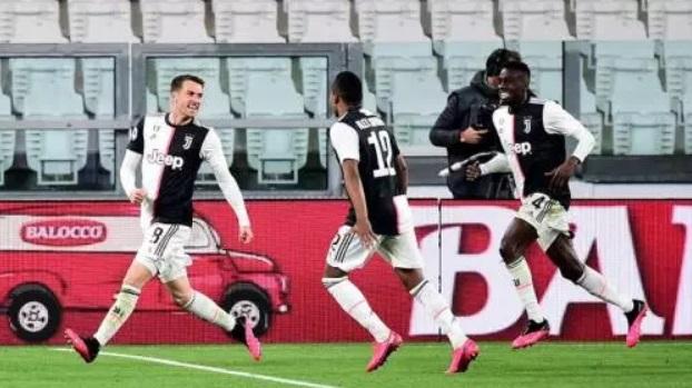 Sarri Terkesan Dengan Ramsey Usai Juventus Memihak Inter