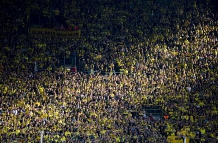 Ultras Dortmund Membantu Daerah Dortmund Yang Beresiko Virus Corona