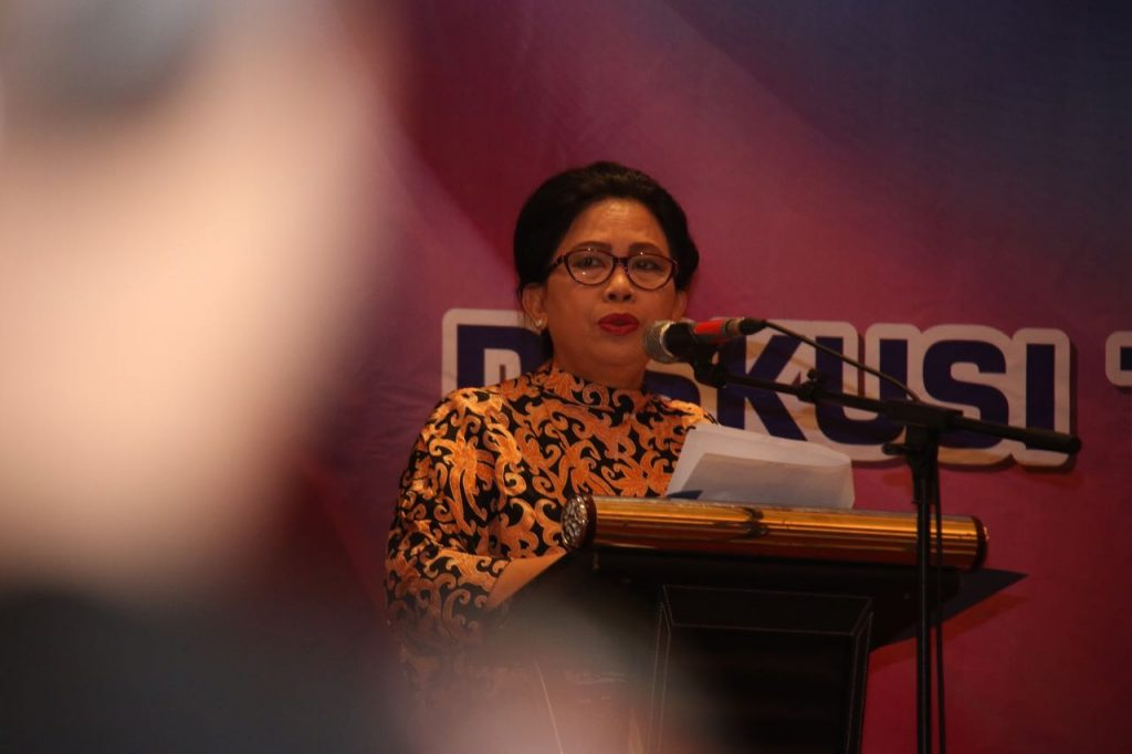 Vennetia R Danes, Deputi Perlindungan Hak Perempuan
