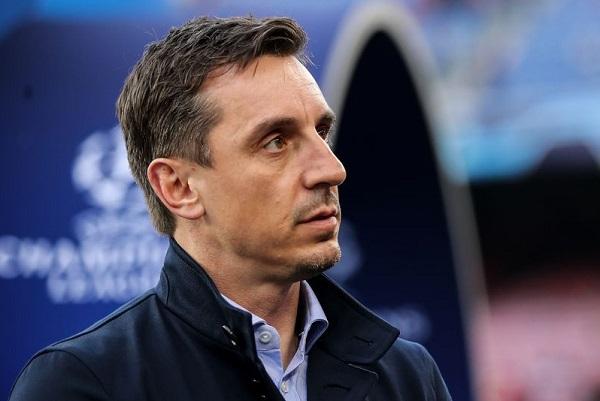 Neville Sebut Liga Premier Lebih Pentingkan Uang Dibanding Kesehatan Pemain