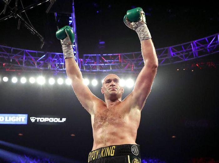 Tyson Fury menang melawan Wilder
