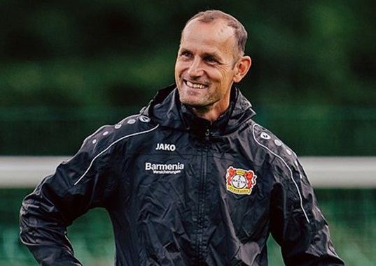 Herrlich Absen Dari Bundesliga Karena Melanggar Batasan COVID-19