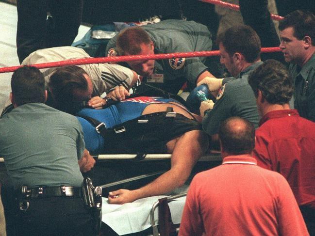 Owen Hart meninggal