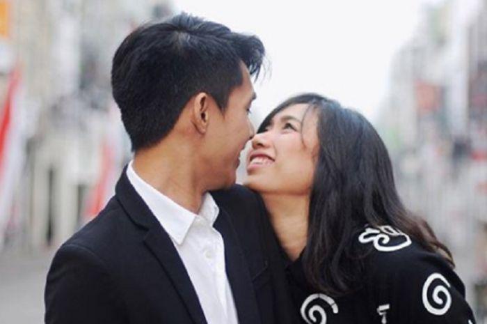 Yolla Yuliana dan suami