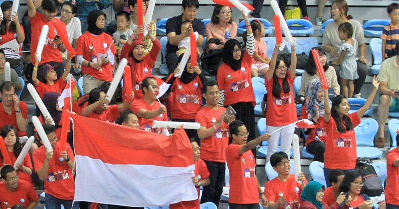 pro kontra Suporter Bulutangkis Indonesia