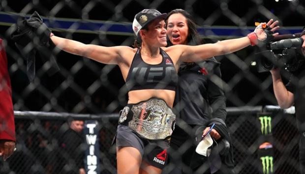 Amanda Nunes, petarung terbaik UFC