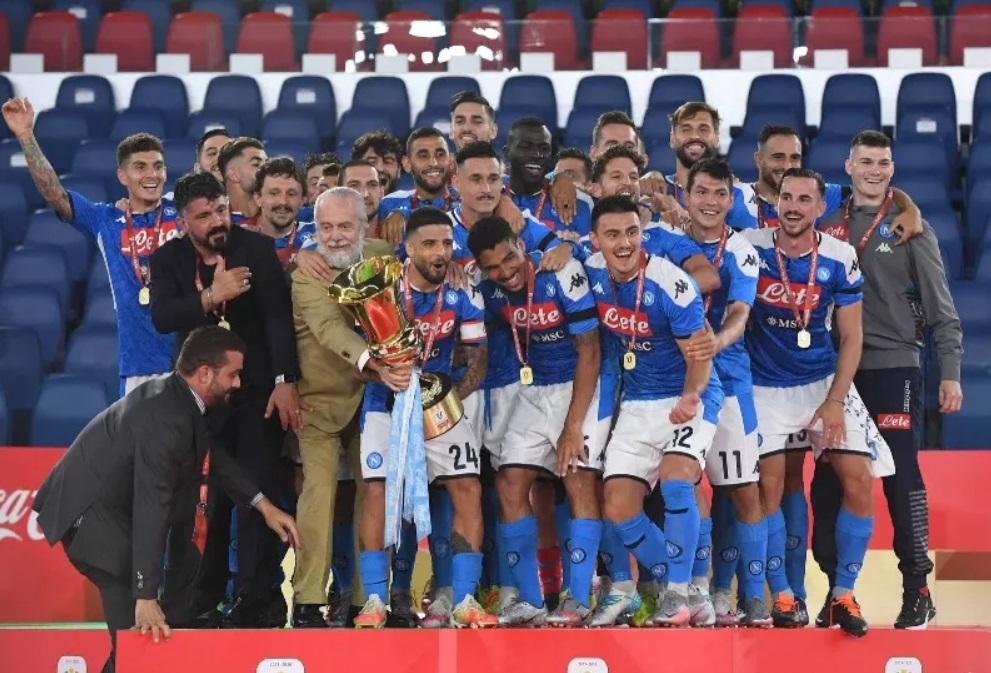 Dewa Sepakbola Hargai Usaha Napoli Dengan Title Coppa Italia