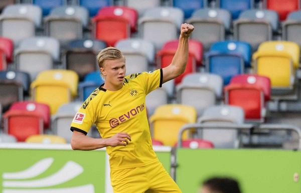 Haaland Merasa Peraturan Handball Hanya Berlaku Untuk Dortmund