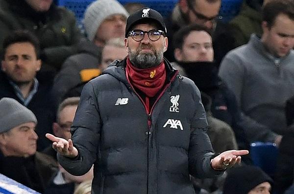 Klopp Minta Para Pemain Liverpool Memakai Topeng dan Sarung Tangan