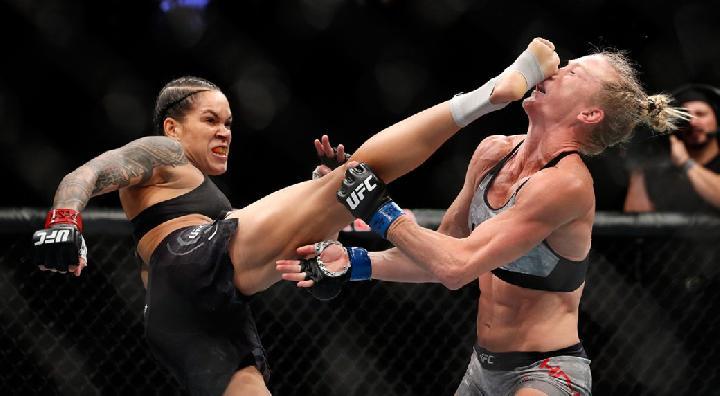 pertarungan Amanda Nunes
