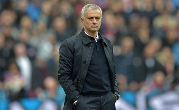 Mourinho Kembali Menyalahkan VAR
