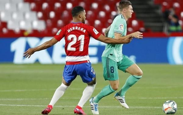 Pertahanan Madrid Menurun Saat Melawan Granada