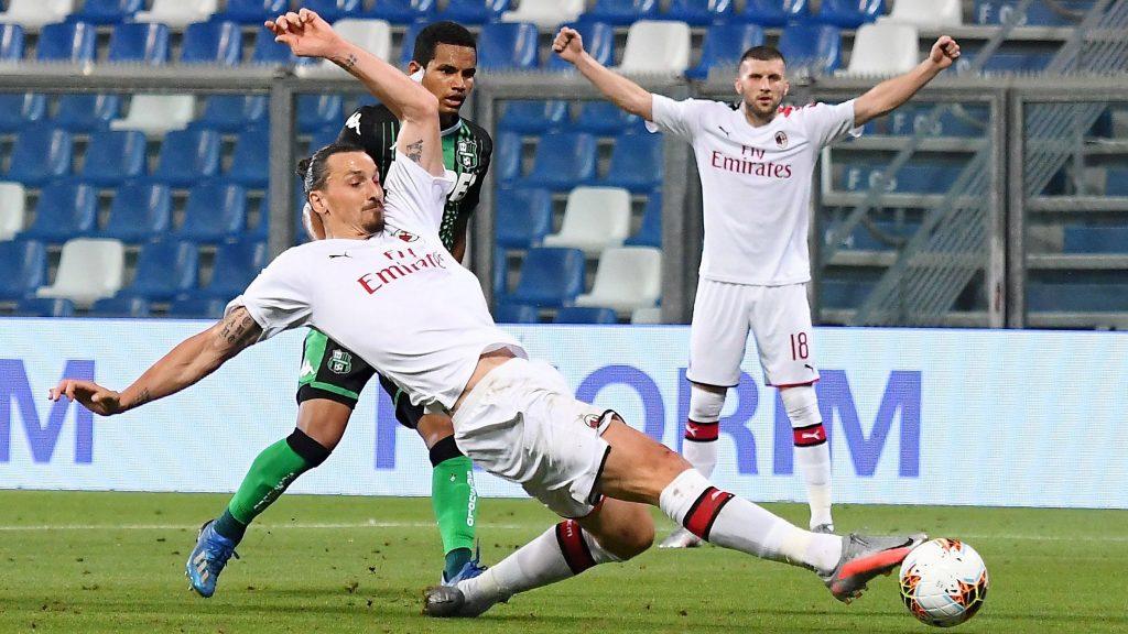 zlatan di Sassuolo vs AC Milan