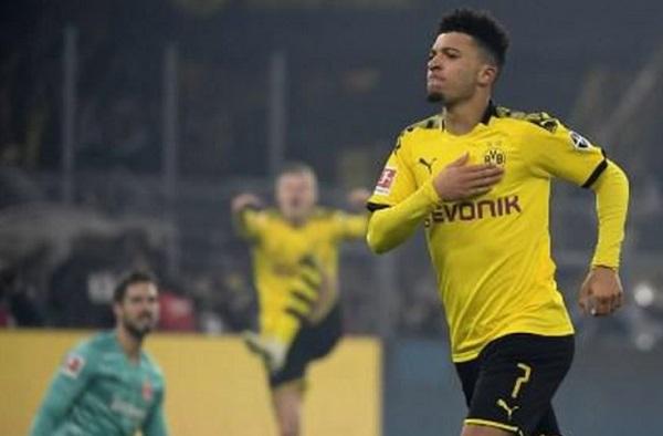 Dortmund Tidak Terlalu Khawatirkan Perjalanan Jadon Sancho ke Inggris