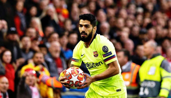 Luis Suarez dipecat Barcelona