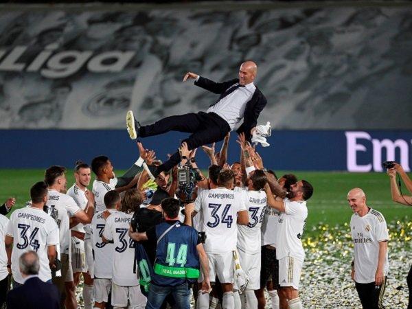 Zinedine Zidane dan tim Madrid