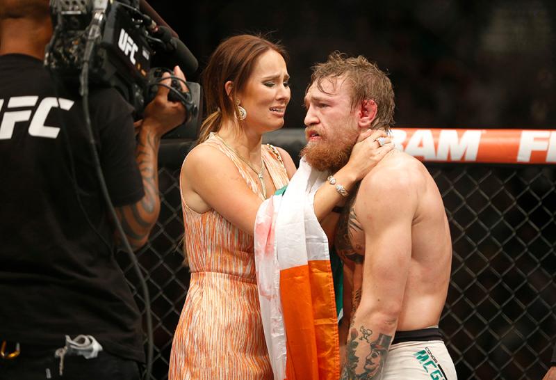 Conor McGregor dan Dee Devlin