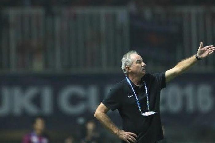 Alfred Riedl beri harapan pada dunia sepakbola Indonesia