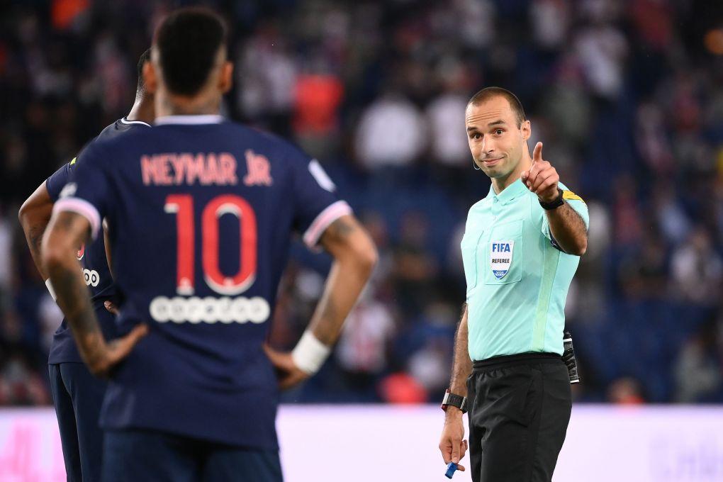 Neymar diusir wasit