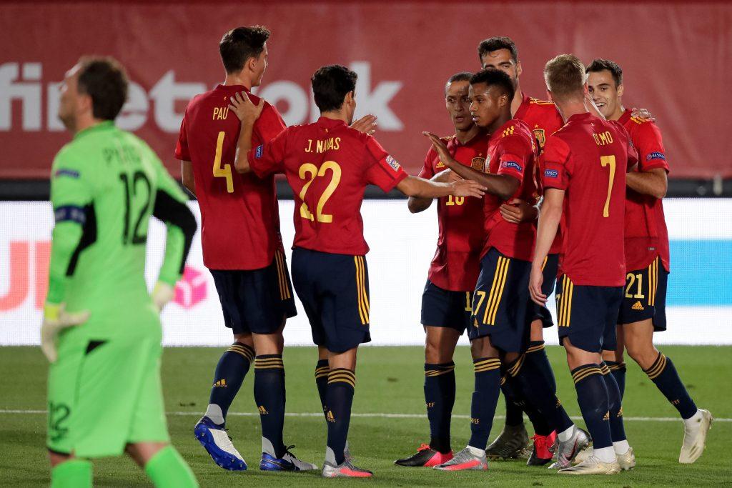 ansu fati bersama timnas Spanyol