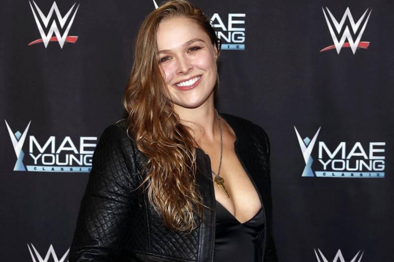 Ronda Rousey jadi model