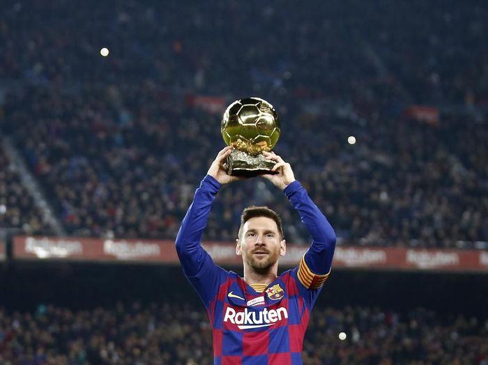 gaji Lionel Messi