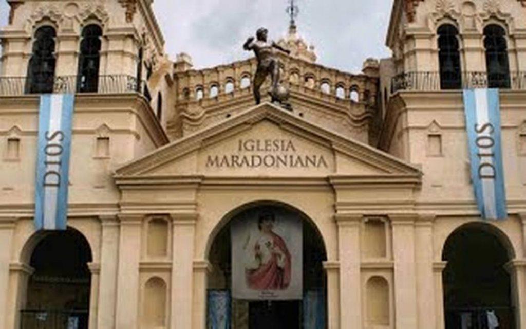gereja Iglesia Maradoniana