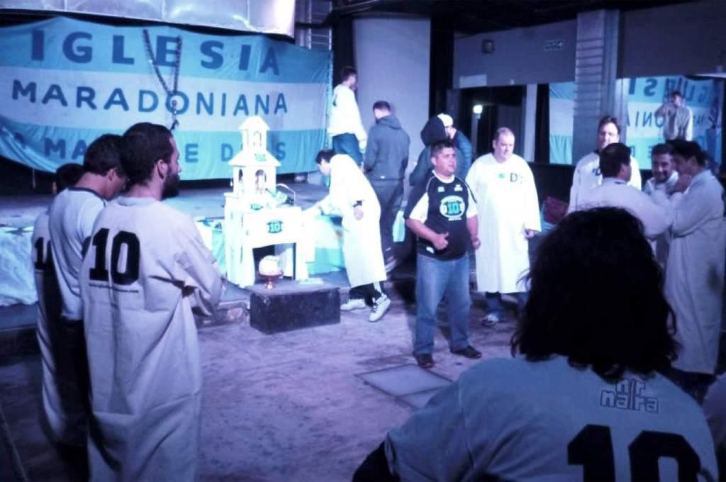 kegiatan Iglesia Maradoniana