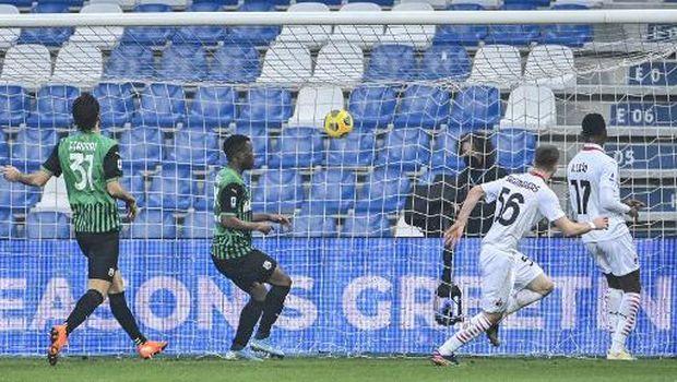laga Sassuolo vs AC Milan
